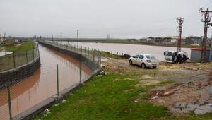 Hilvanda yağmur su baskınlarına neden oldu