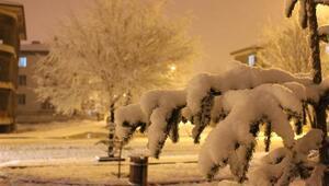 Son dakika.. Erzincanda eğitime kar engeli