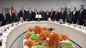 Türkiye Katılım Bankaları Birliğinden Diyanet Vakfına bağış