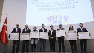 'Beslenme Dostu Okullar' sertifikalarını aldı