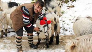 Rizeli çobanın türküleri sosyal medyada ilgi gördü