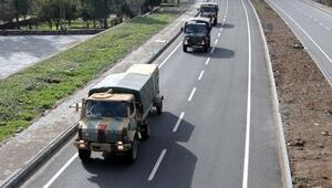 Hataydan Suriye sınırına askeri sevkiyat sürüyor