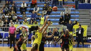 Fenerbahçe Kadın Basketbol Takımından farklı tarife