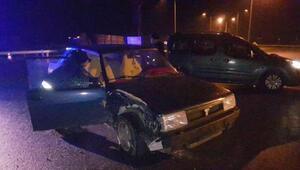 Manisada iki otomobil çarpıştı: 5 yaralı