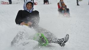 Kara kışın beyaz eğlencesi