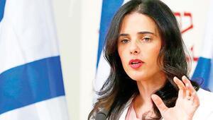 Netanyahu'ya bayrak açtı