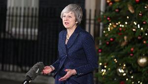 İngiltere yeni yıla Brexit ve AB mesajlarıyla girdi