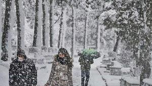 Son dakika yoğun kar yağışı uyarısı Marmaranın batısından geliyor