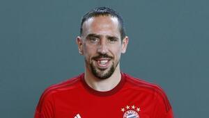 Bayern Münih resmen açıkladı Ribery...