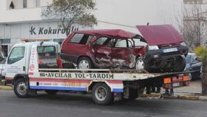 Ünyede 2 kişinin yaralandığı kaza kamerada