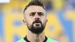 Trabzonsporda Onur Kıvrakın sözleşmesi feshedildi