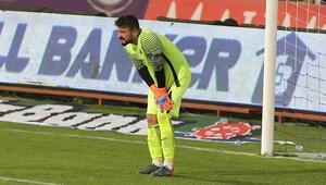 Onur Kıvrak, Trabzonspor tarihine geçti