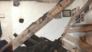 Kerpiç ev çöktü: 1 ölü, 2 yaralı