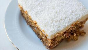 Kıbrıs tatlısı nasıl yapılır Haşhaşlı Kıbrıs tatlısı tarifi