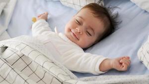 Bebekler rahat uyusun diye akıllı uyku sensörü geliştirdiler