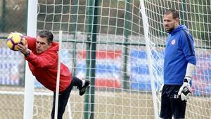 Antalyasporun ikinci yarı hazırlıkları sürüyor