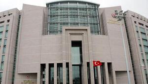 İstanbul Adalet Sarayı'nda suikast silahı şoku