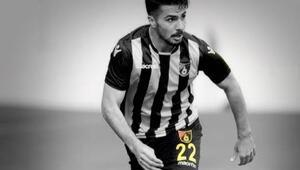 Mehmet Zeki Çelikin 22 numarası emekli edildi
