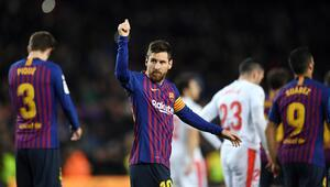 Lionel Messi 400ler kulübünde