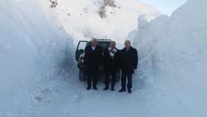 Çelikhan'da 16 köy yolu ulaşıma açıldı