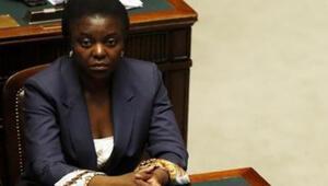 İtalya'nın ilk siyahi bakanına 'orangutan' diyen senatöre hapis cezası