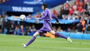 Petr Cech kimdir Petr Cechin biyografisi ve kariyeri