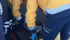 Denizlide işçi servisi buzlanan yolda devrildi: 12 yaralı