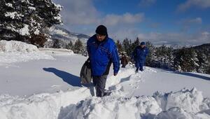 Karda mahsur kalan bekçi 22 saat sonra kurtarıldı