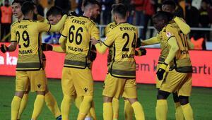 Aleksic Malatyasporu galibiyete taşıdı