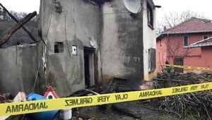 91 yaşındaki kadın, yanan evin enkazında aranıyor