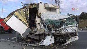 Kemerburgaz-Hasdal yolunda trafiği kilitleyen kaza