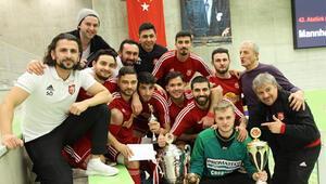 Atatürk Kupasını Mannheim Türkspor kazandı