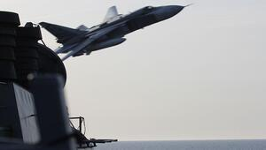 Rus donanması Baltık Denizi'ne giren ABD destroyerlerine eşlik etti