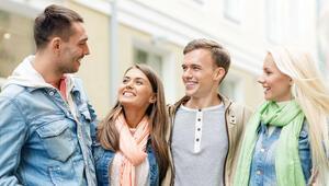 Finlandiya 'mutlu' öğrencinin peşinde