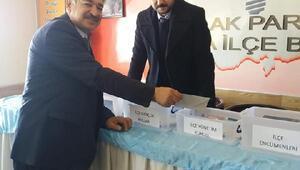 Ak Parti Tomarza ilçe başkanı Erhan Şahin oldu
