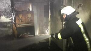 Sobadan çıkan yangın, tek katlı evi kül etti