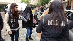 FETÖden gözaltına alınan 4 emniyet müdürü eşinden 2si tutuklandı
