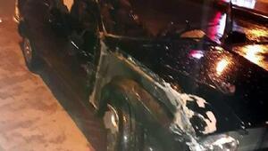 TIRa çarpan otomobilin alkollü sürücüsü hafif yaralandı