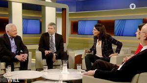 Profesörler TV'de dizeli tartışırken birbirine girdi: Nitrikasitten öleni henüz görmedim