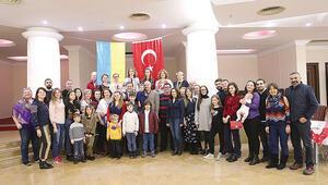 Türkiye'deki Ukraynalılar... Seviyor, geliyor dernekleşiyorlar