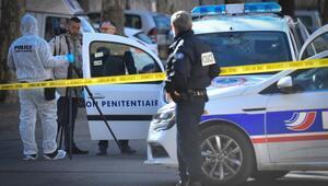 Fransada silahlı çete, mahkemeye götürülen mahkumu kaçırdı