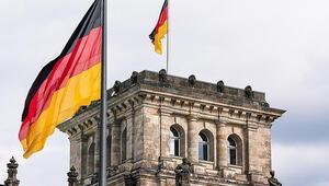 Almanyadaki başörtüsü yasağı Avrupa Adalet Divanına sevk edildi