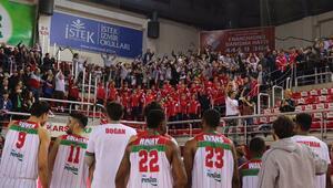 FIBA Avrupa Kupasında 3 takım daha Son 16yı garantiledi