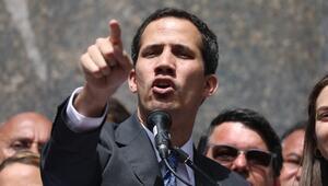 AP, Guaidoyu Venezuelanın geçici başkanı olarak tanıdı