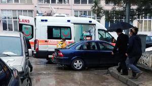 Korkunç son Ambulans sokağa giremeyince…