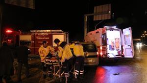 Boluda otomobil ile hafif ticari araç çarpıştı: 9 yaralı