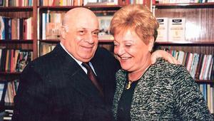 Son dakika... Rauf Denktaşın eşi Aydın Denktaş hayatını kaybetti