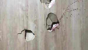 Doktora saldıran hasta yakını, odanın kapısını kırdı
