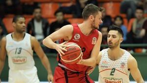 Gaziantep Basketbol, formda Banviti deplasmanda mağlup etti