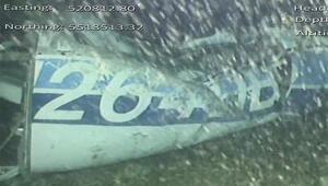 Emiliano Salayı taşıyan uçağın enkazında bir ceset bulundu